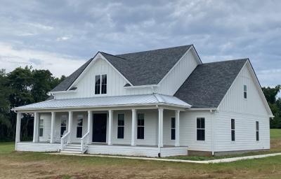 farmhouse 18